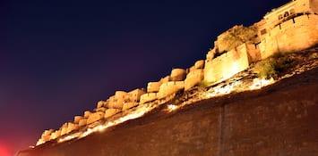 Jaisalmer Through Its Exquisite Handicraft And Dance Forms