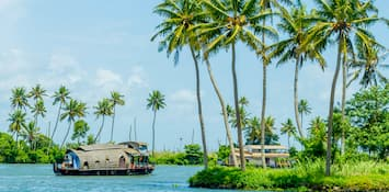 Visit These Cities In Kerala For A Captivating Holiday