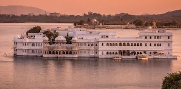 Experience The Magic Of Rains In The Architecturally Beautiful Udaipur