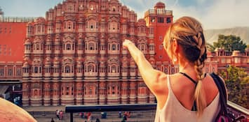 What Makes India An Attractive Destination For Foreigners
