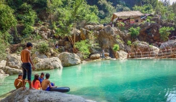 Dee Doke Waterfall and Mandalay Sightseeing Tour