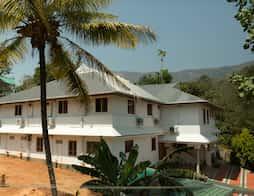 OYO 7966 Pallivasal in Munnar