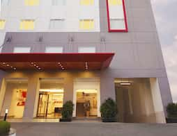 Red Fox Hotel Hyderabad in Hyderabad