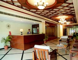 Hotel Hollyhock in Hyderabad
