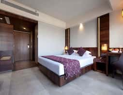 FabHotel Crawford Inn in Mumbai