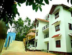La Flora Jungle Nest In Kerala