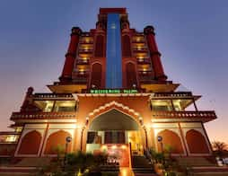 Whispering Palms Hotel in Jaipur