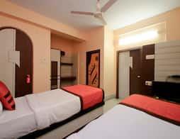 OYO 6606 Seacom Inn Purbadiganta in Kolkata