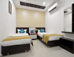 OYO 3586 SSR Luxury Rooms in Hyderabad