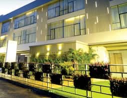 Hotel Maple Ivy in Nagothane