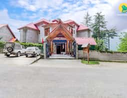 Plush 2 bedroom stay ideal for a group getaway in Manali