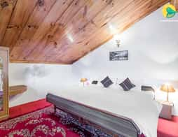 Rejuvenating 2-BR stay, close to Naggar Castle in Manali