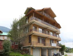 OYO 8648 Home Stay Kyipo Khang Cottage in Manali