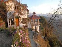 Beautiful Cottages In Naldhera, Shimla