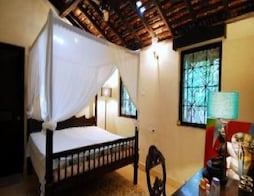 Century-old Heritage Property - A Guest House In Siolim