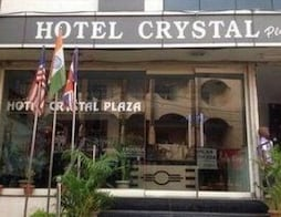 Hotel Crystal Plaza
